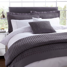 Hotel Charcoal Piccadilly Bedspread