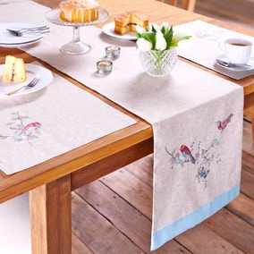 Beautiful Birds Table Runner