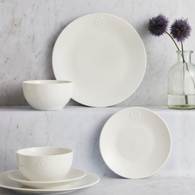 Daisy 12 Piece Dinner Set