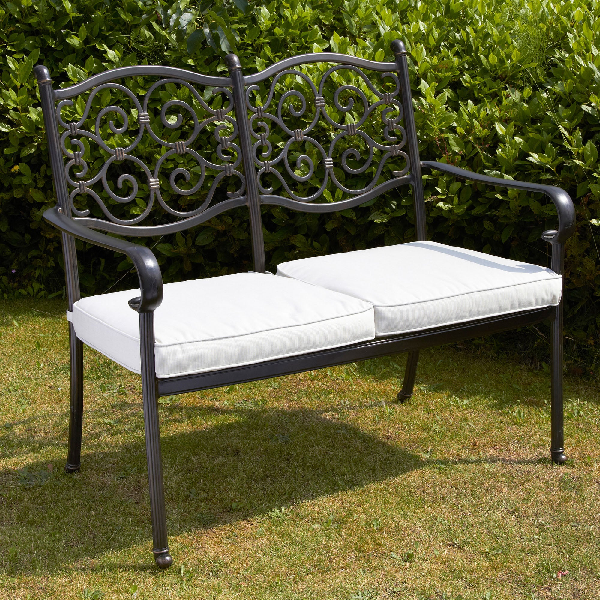 Garden Benches Outdoor Seating Metal Benches Dunelm