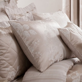 Laura Natural Jacquard Housewife Pillowcase