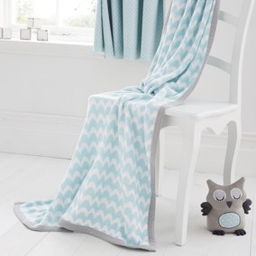 Little Owls Nursery Knitted Blanket