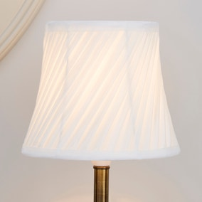 Ivory Twisted Pleat Lamp Shade