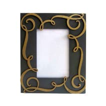 Elegant Scroll Photo Frame