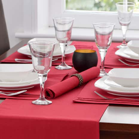Spectrum Red Pack of 4 Napkins