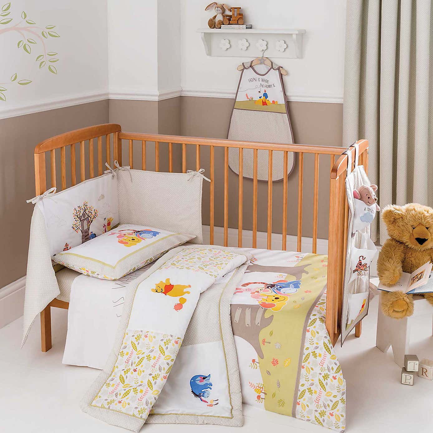 Winnie the pooh toddler bedding - Winnie The Pooh Baby Bedroom Set Bedding Sets Collections Winnie The Pooh Classic Nursery