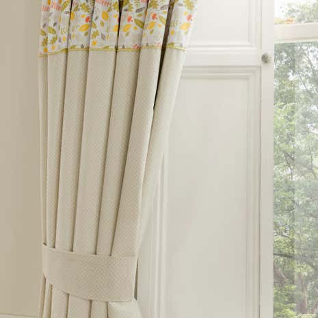 Disney winnie the pooh nursery blackout pencil pleat for Drapes over crib