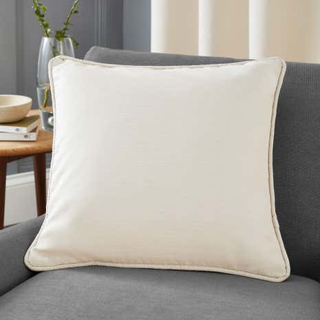 Seattle Natural Filled Cushion