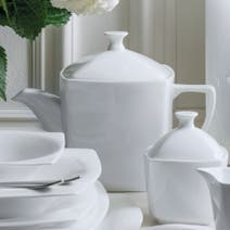 Dorma Cambridge White Tea Pot