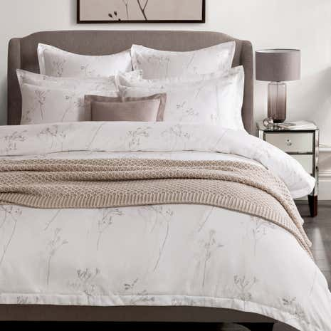 Hotel Parsley White 300 Thread Count Duvet Cover