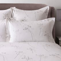 Hotel White Parsley 300 Thread Count Oxford Pillowcase