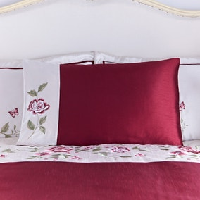 Catherine Red Housewife Pillowcase