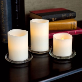 Set of 3 LED Flickering Candles