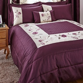 Verity Plum Bedspread