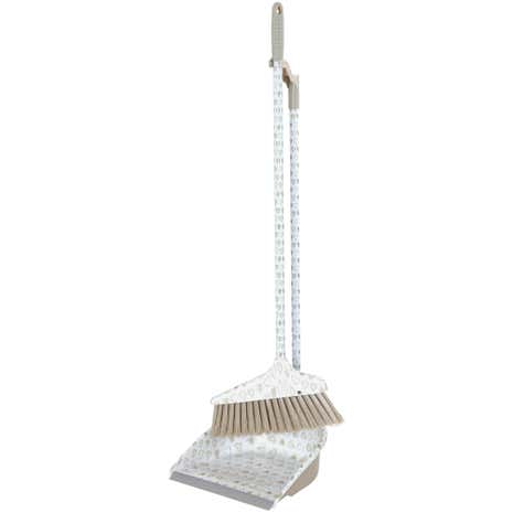 Country Heart Long Handled Dustpan With Broom