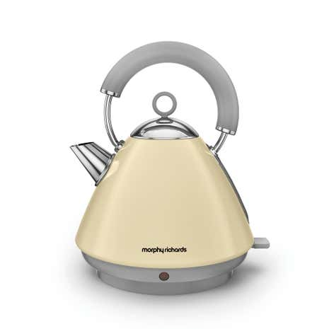 Morphy Richards Accents 102032 1.5L Traditional Cream Kettle