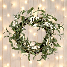 Luxury Mistletoe Wreath