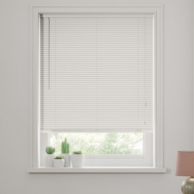 27mm White Wooden Venetian Blind