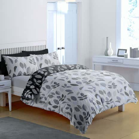 Leaf Black and White Duvet Cover and Pillowcase Set