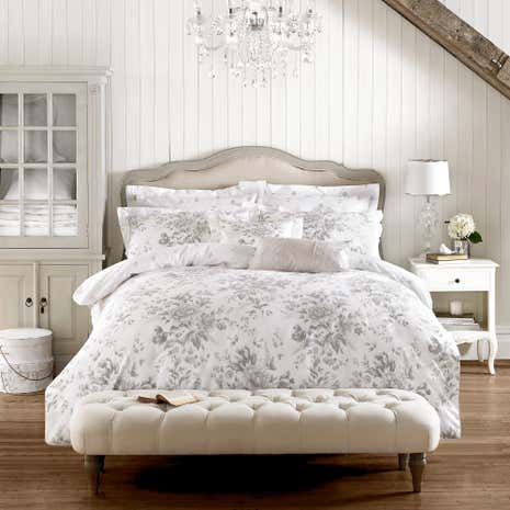 Holly willoughby ruby grey 100 cotton reversible duvet for Living room quilt cover