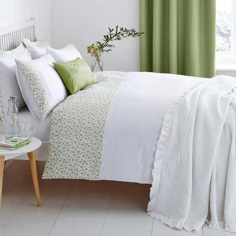 Calla Green Duvet Cover and Pillowcase Set