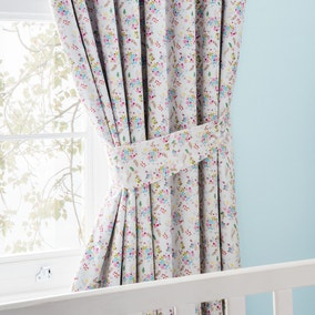 Ditsy Floral Blackout Pencil Pleat Curtains