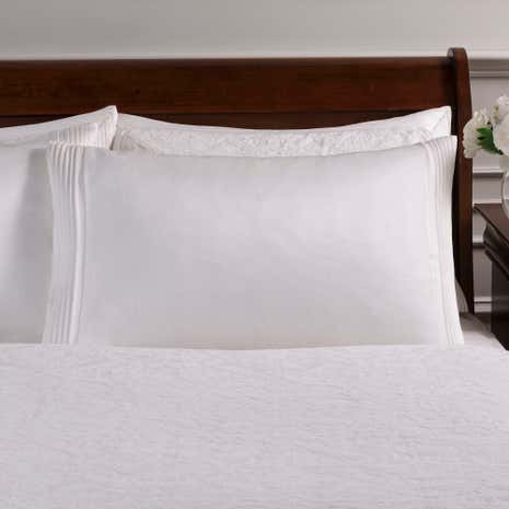 Dorma Charlbury Cream Cuffed Pillowcase