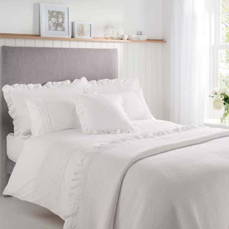 Grace White Duvet Cover and Pillowcase Set