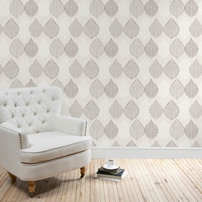 Leaf Motif Wallpaper