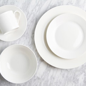 Majestic White 40 Piece Fine China Dinner Set