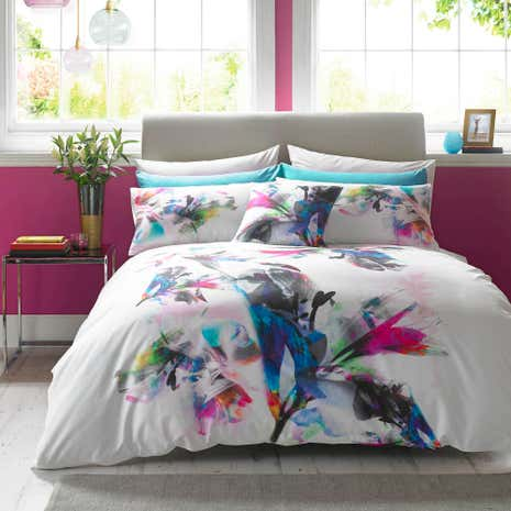 Lipsy Watercolour Lily Digitally Printed 100 Cotton Duvet Cover And Pillowcase Set