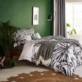 Tropics Black and White Reversible Duvet Cover and Pillowcase Set