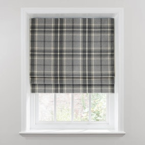 roman blinds quality blackout roman blinds dunelm. Black Bedroom Furniture Sets. Home Design Ideas