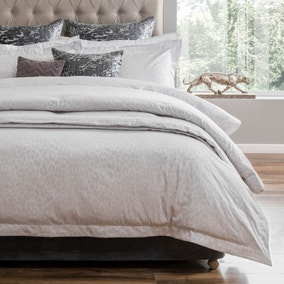 5A Fifth Avenue Broadway Duvet Cover