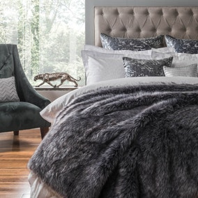5A Fifth Avenue Franklin Faux Fur Throw