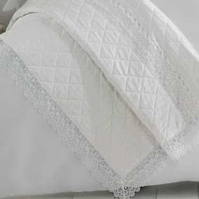 Holly Willoughby Henrietta White Bedspread