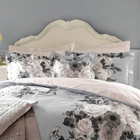 Holly Willoughby Joslyn Pillowcase