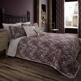 Willow Plum Bedspread