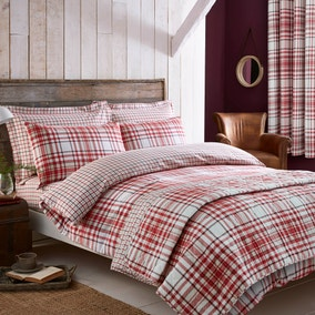 Hartford Red Bedspread