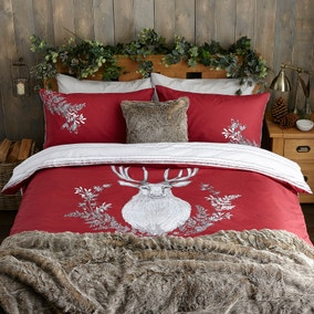 Stag Head Red Duvet Cover and Pillowcase Set