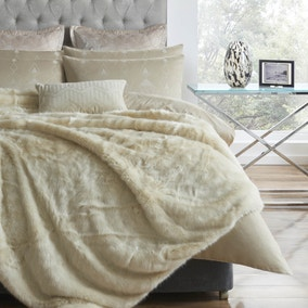 5A Fifth Avenue Rockefeller Cream Throw