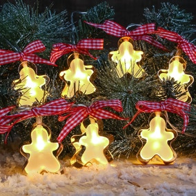10 Gingerbread Man Cookie Cutter String Lights in Warm White