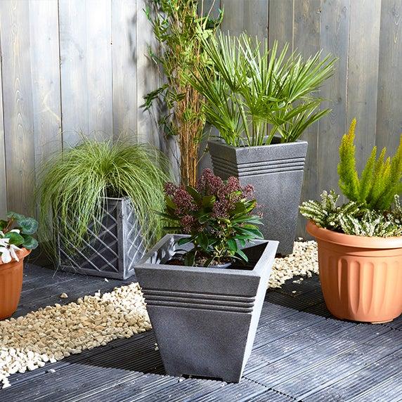 garden pots and planters - Garden Decorations