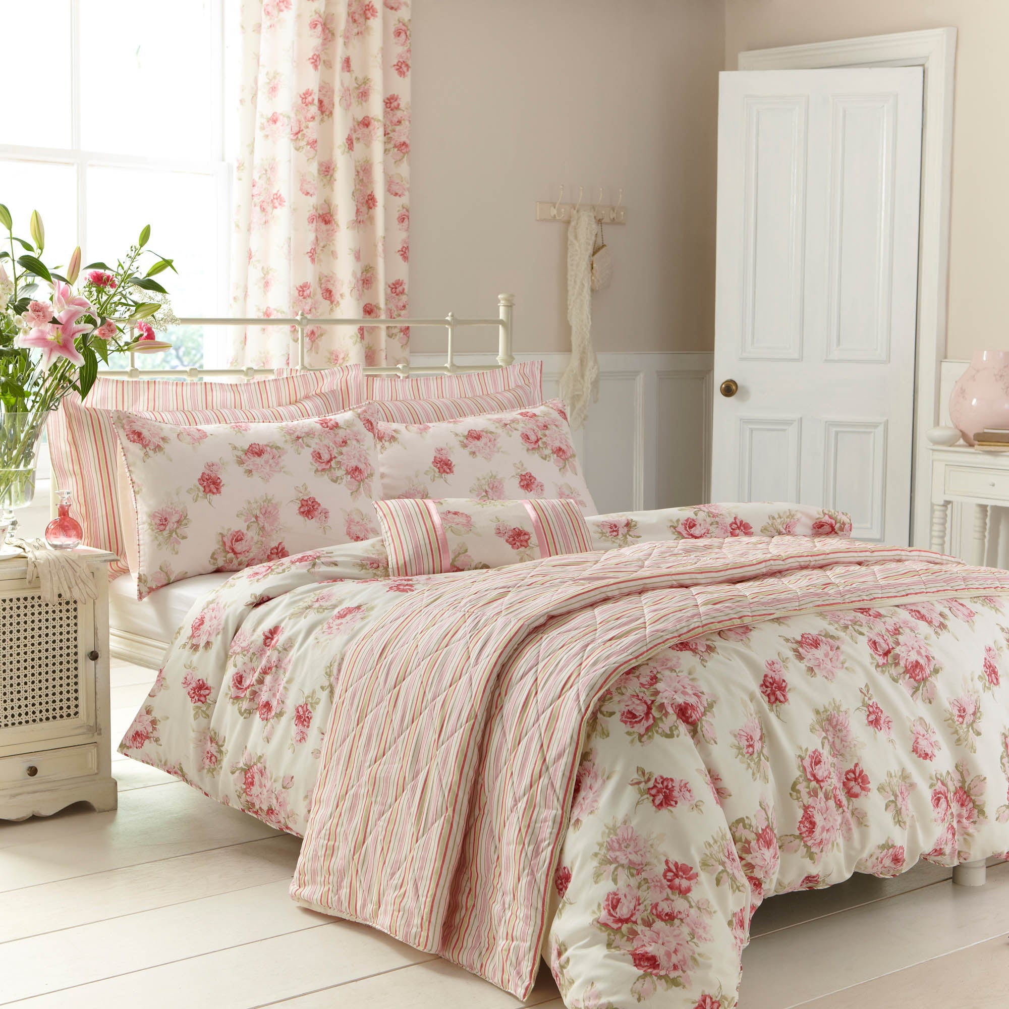 Image of Annabella Pink Duvet Cover and Pillowcase Set Pink