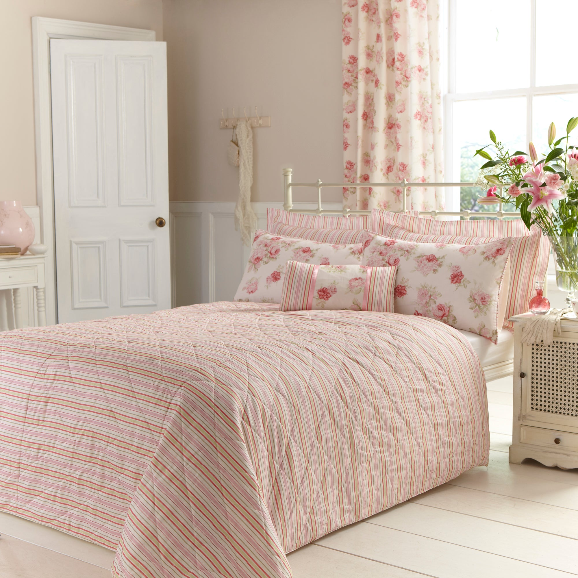 Image of Annabella Pink Bedspread Pink