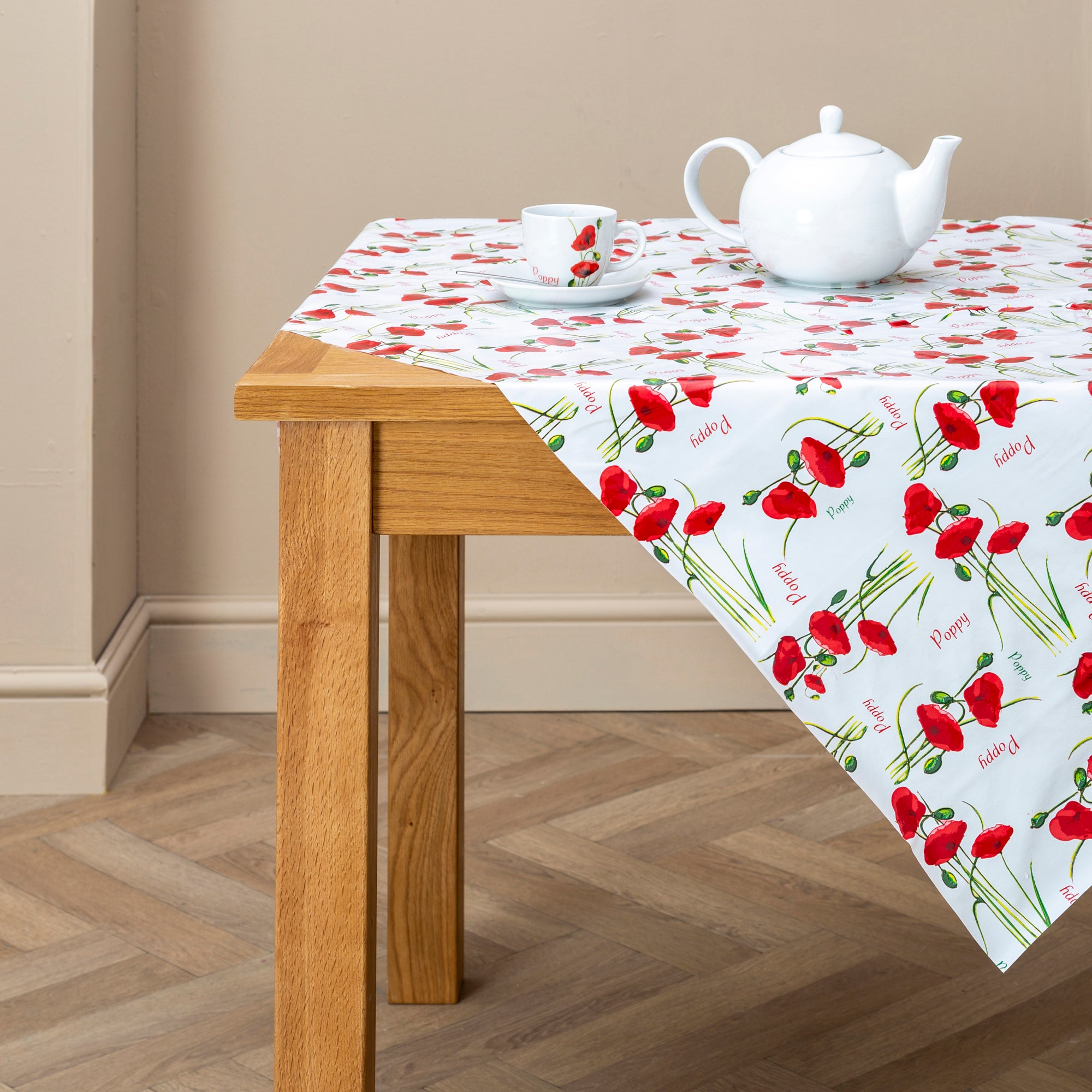 Photo of Red poppy tablecloth red / white