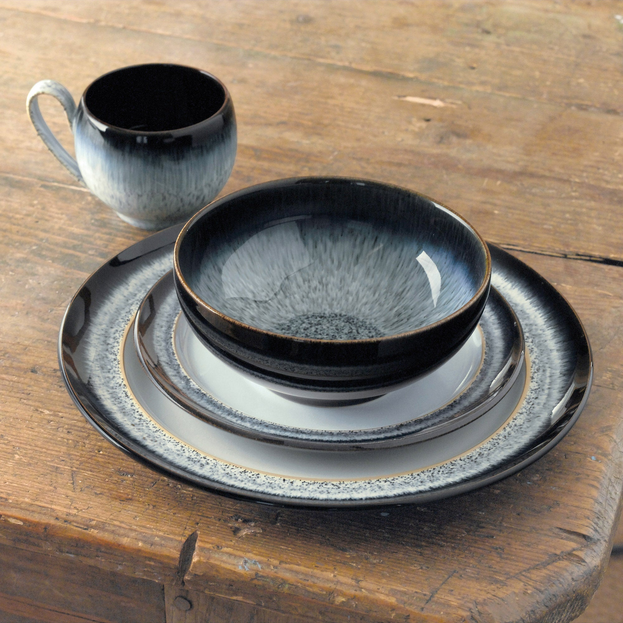 Image of Denby Halo 16 Piece Dining Box Set Black