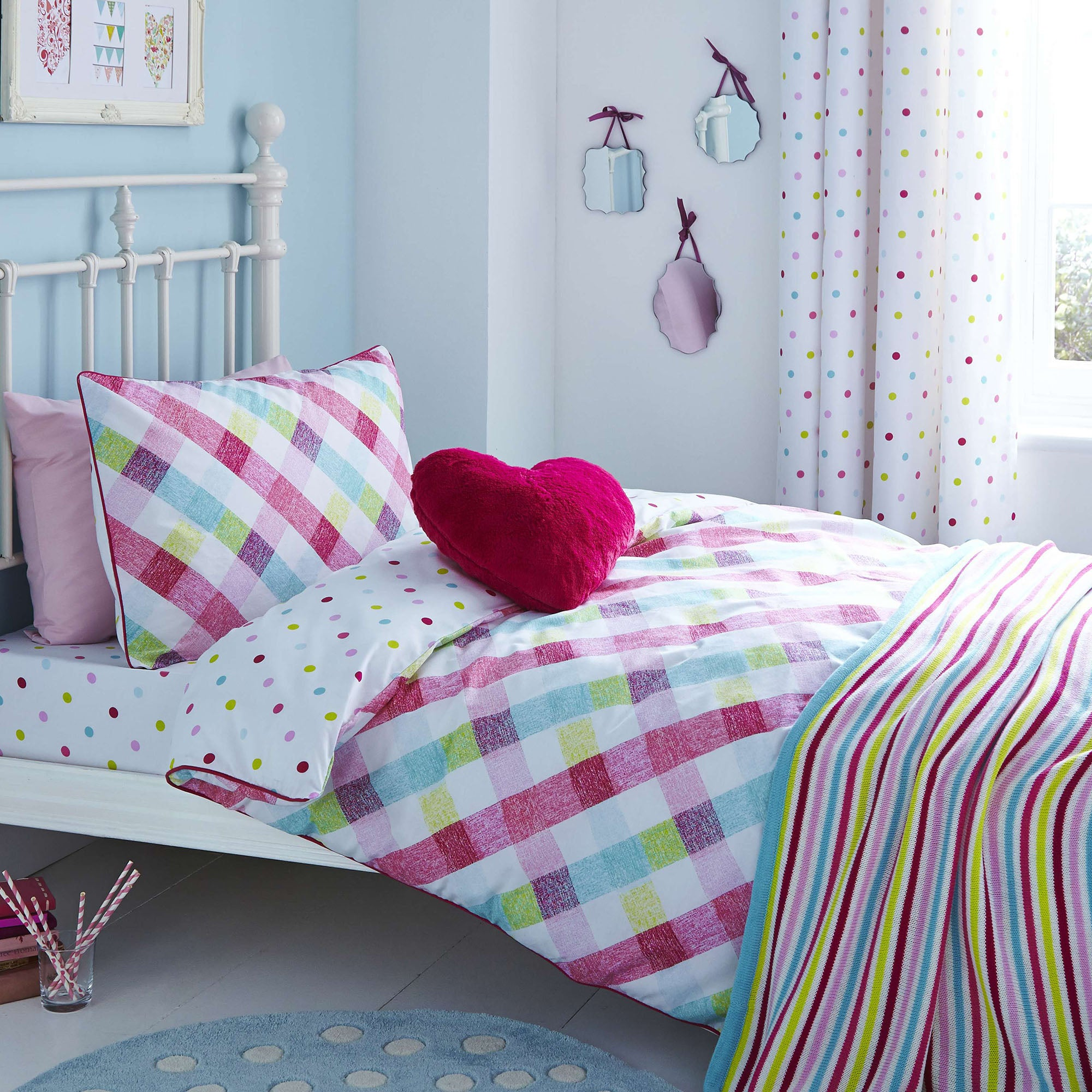 Image of Amelia Check Duvet Cover and Pillowcase Set White