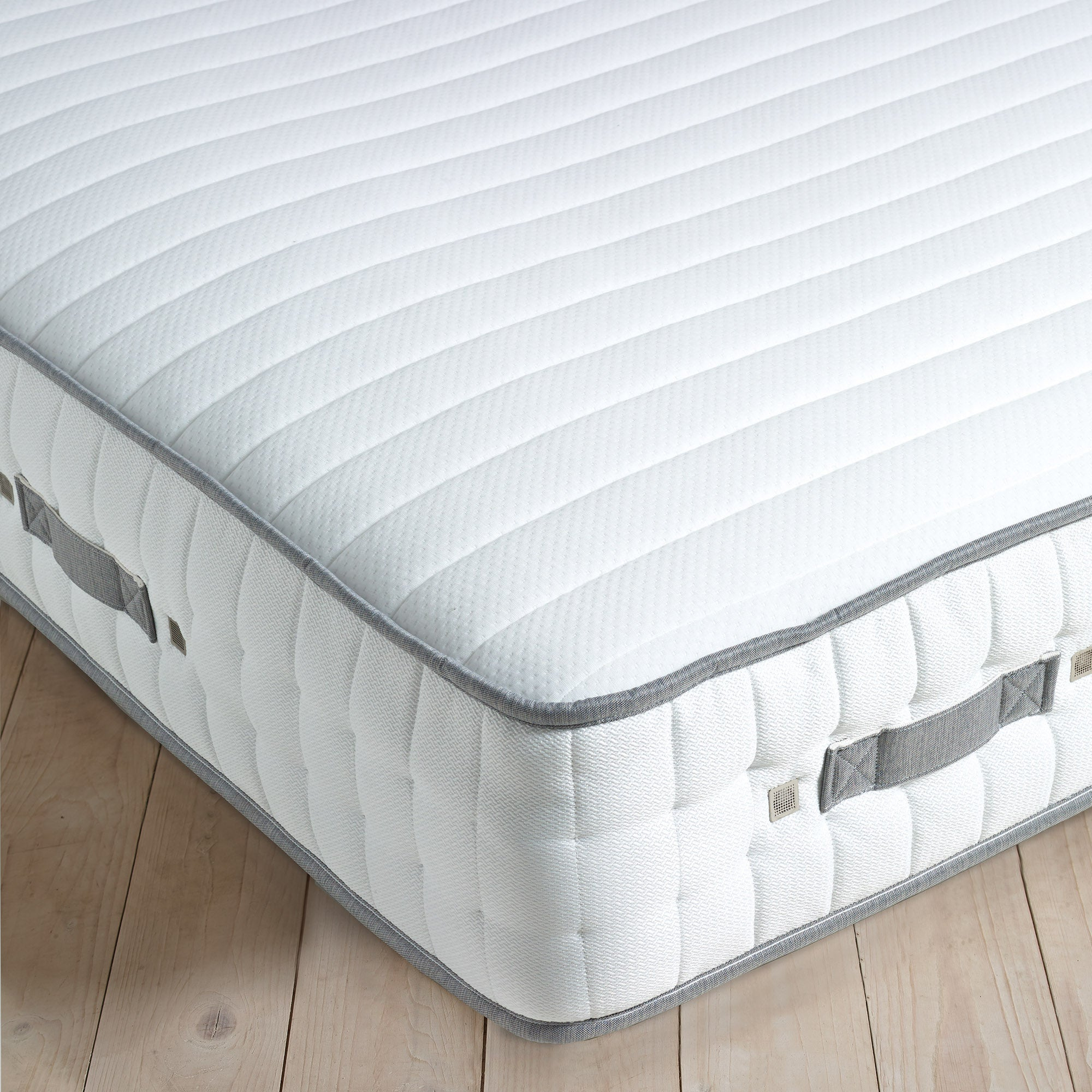 Image of Hotel 2000 Luxury Memory Firm Mattress White
