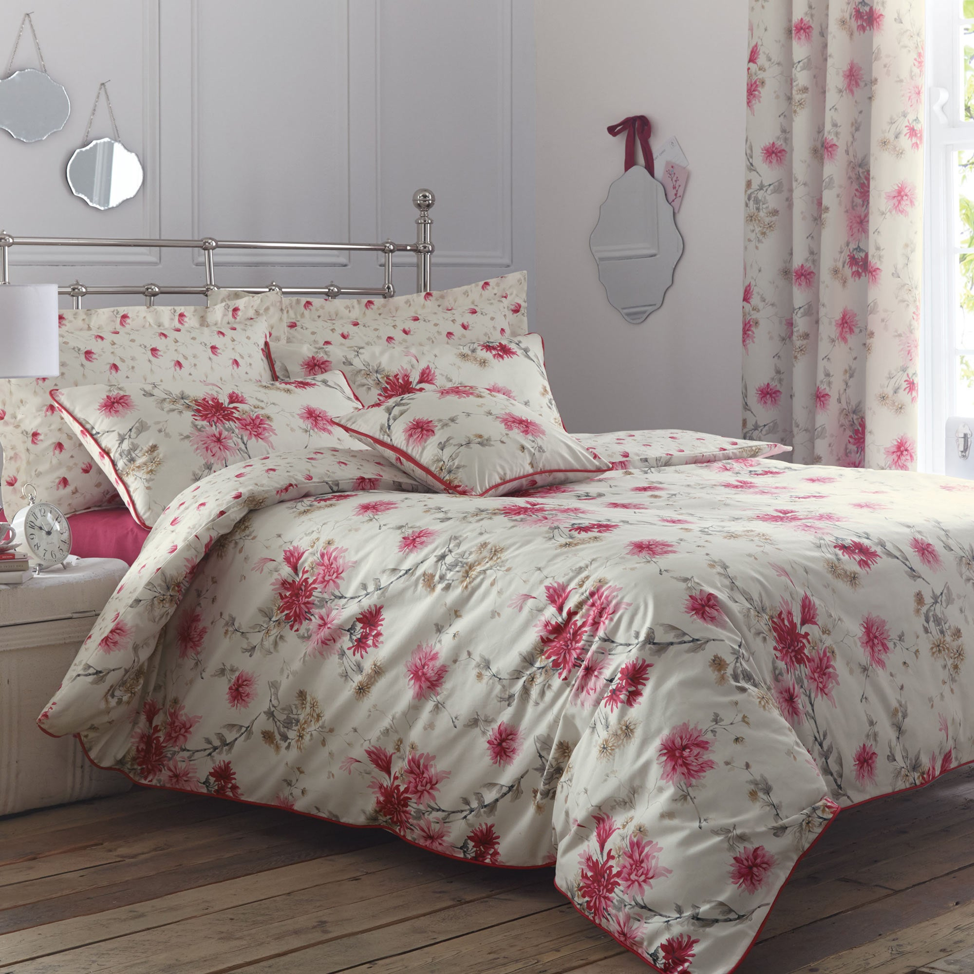 Image of Analise Pink Duvet Cover and Pillowcase Set Pink
